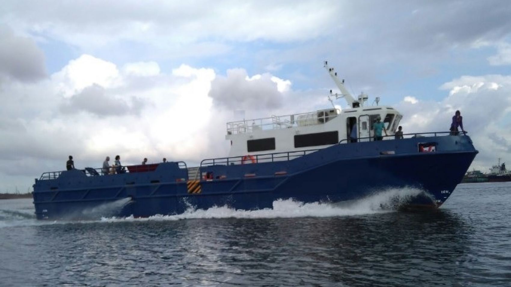 24m Crew Supply Boat for sale