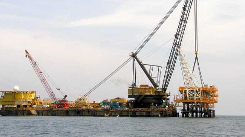 Derrick Pipelay Barge DLB-1200 for Sale or Charter