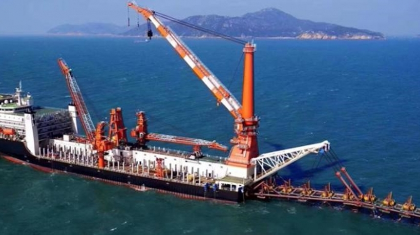 500T Crane Pipelay Barge for Sale or Charter - New Built